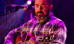 Aaron Lewis at the Mohegan Sun Arena – CT